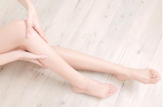 O脚がもたらす健康面での体のトラブル