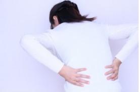 腰痛の原因、反り腰!!