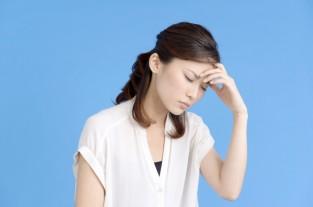 産後に起こる頭痛の原因は?