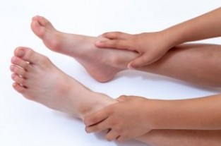 O脚と足首の歪み